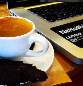 Looking at this picture makes me really want another macchiato and cookie.